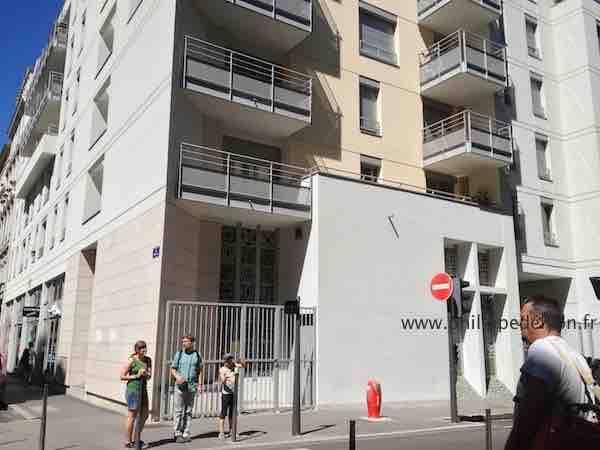 35 rue Tete d'Or à Lyon séances de guérisons de Philippe de Lyon