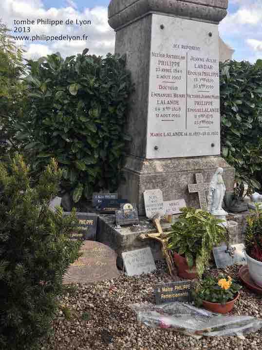 tombe philippe de lyon 2013 www.philippedelyon.fr site Maitre Philippe de Lyon